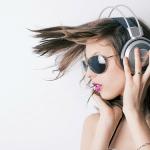 The Top Headphones for Women In 2019