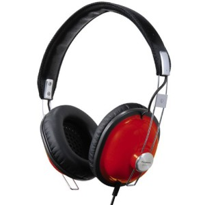 What does make Panasonic RP-HTX7 one of the top headsets on the market?